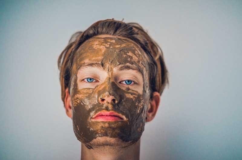 maska od zelene gline za lice