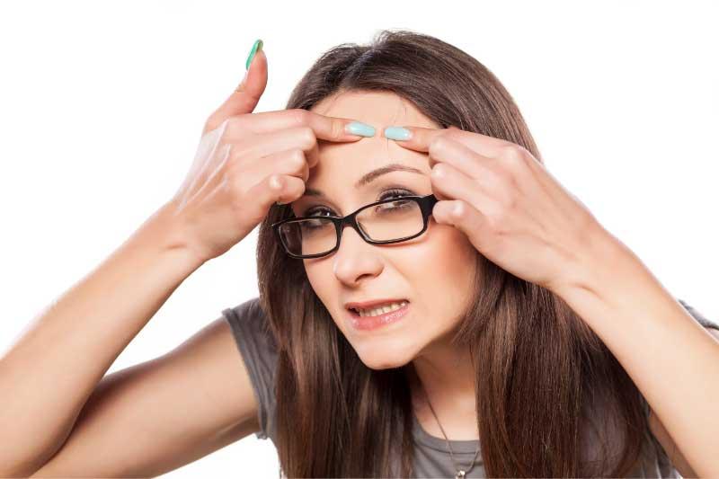 uklanjanje bubuljica od naočara