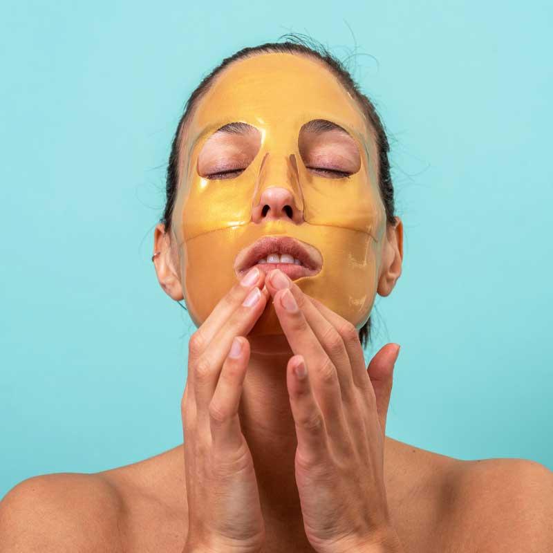 zlatna maska sa kolagenom