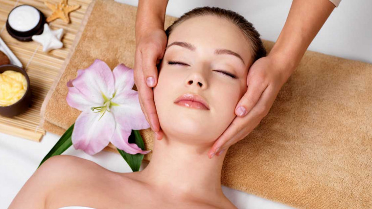 masaža lica protiv bora