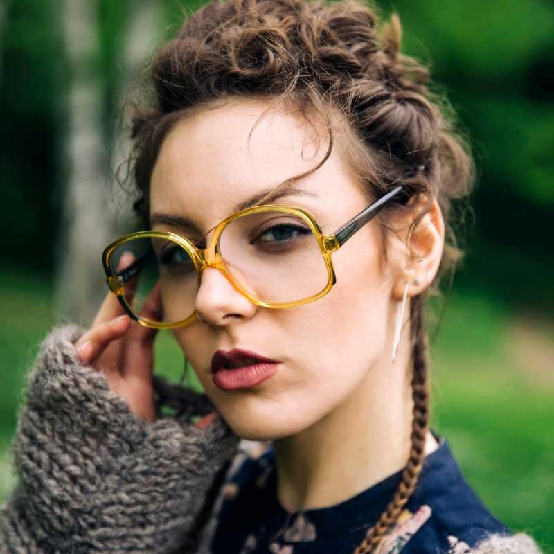 tamni podočnjaci od naočara